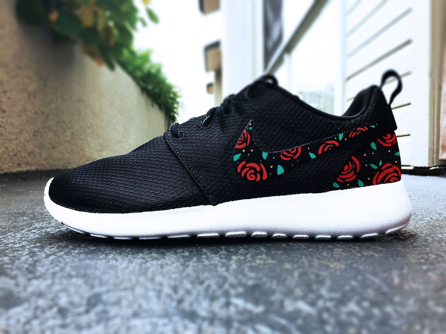 more photos 5617d b5dd0 Womens Custom Nike Roshe Run sneakers, Roses design, black and white Rose  trendy design, Black with red roses and gold speckles