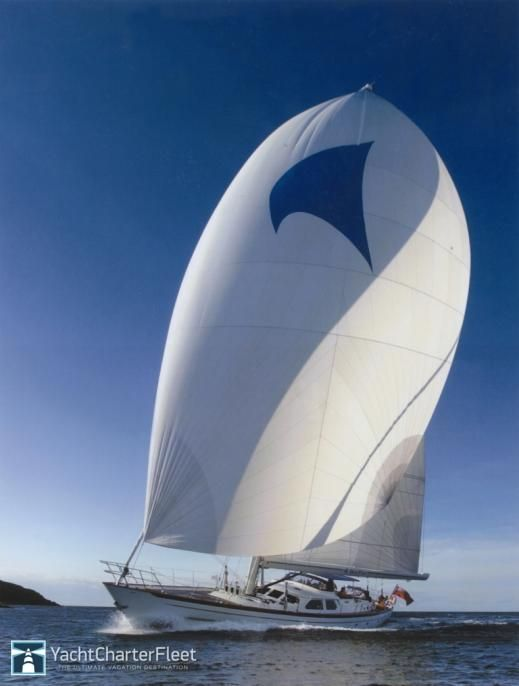 Wavelength yacht 88.58ft /27m | Pendennis | #yacht #yachts #boat #boats #motoryacht #motoryachts #powerboat #powerboats #sail #sailing #luxury     www.tommyholiday.it