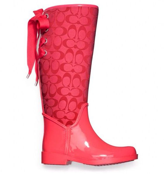 coach rain boots outlet xm56  Coach Rain Boots Rain would be a lot better with these!