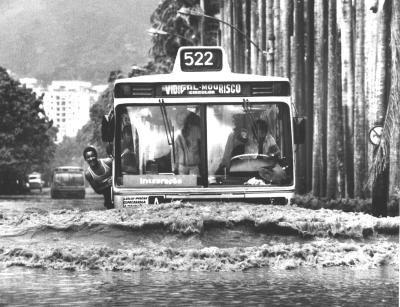 Evandro Teixeira - Rio debaixo d'água