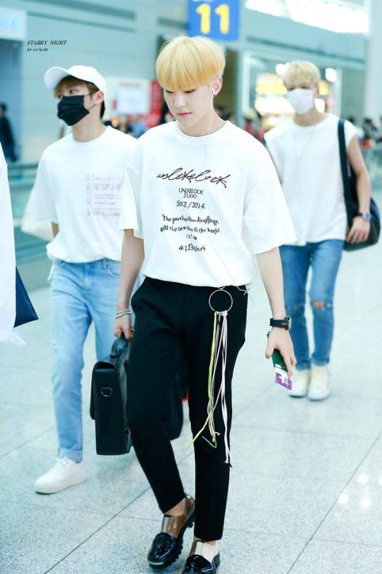 KwonSoonyoung #Hoshi #SEVENTEEN | ホシ, ファッション, 洋服