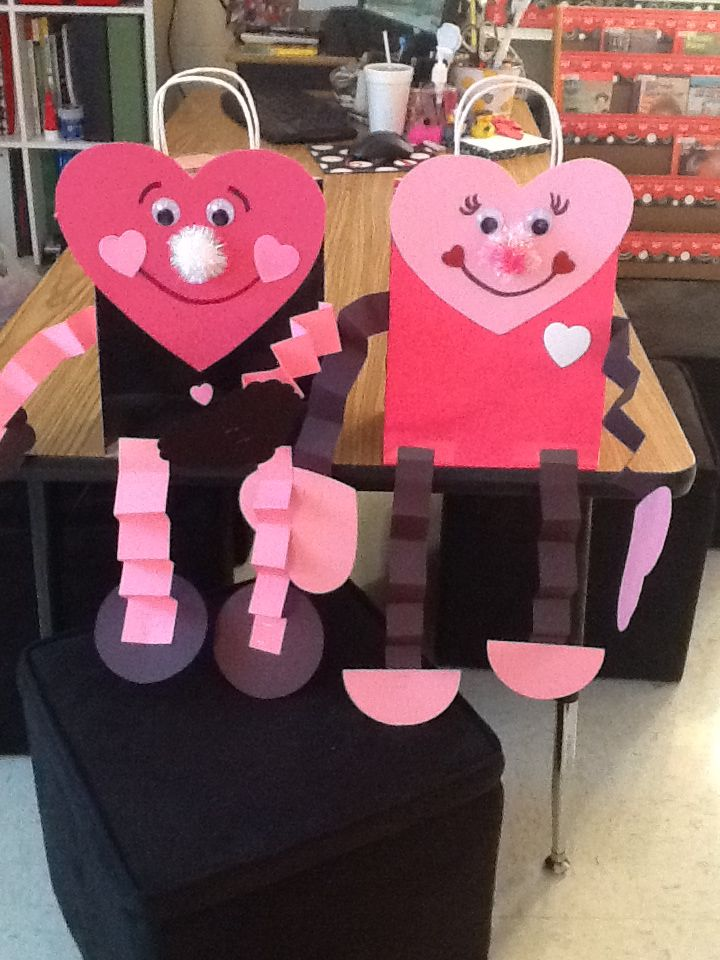 Robots And Heart People Valentine Day Crafts Valentines Day