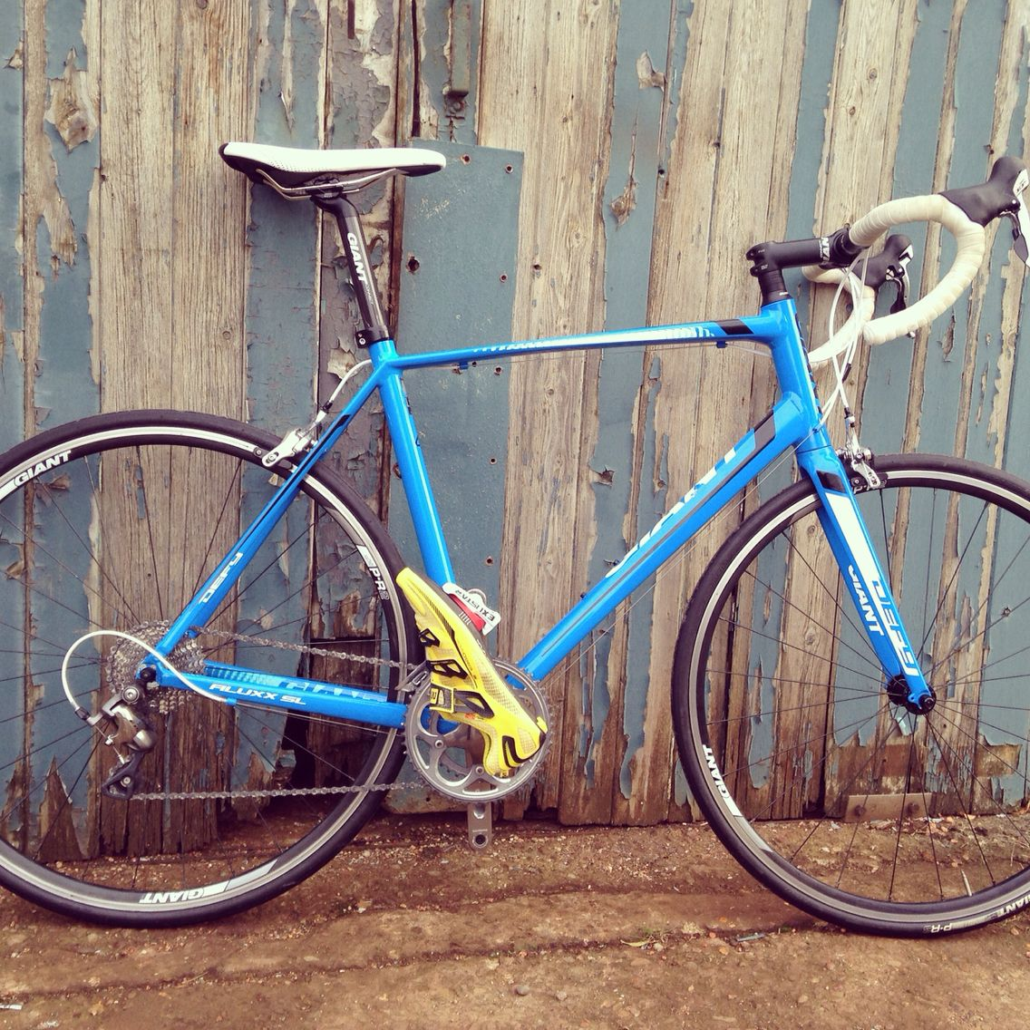 Love this Giant Defy shot.