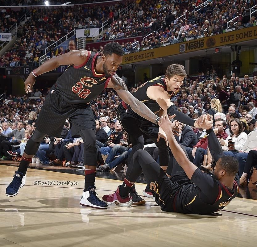 Regram Davidliamkyle Cavs Help Each Other To Another Victory And Win 13 Games In A Row Cavs Jeffgreen Kylekorver Dwyanewade Kyle Korver Cool Names Cavs