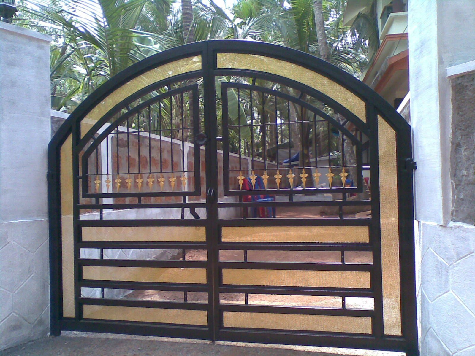 25 Front Gate Designs  Welcome your Guest with Perfect Gate Design. Western Metal Gate Entrances   House Gate Designs   Driveway Gates