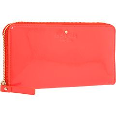 bright clutch, spring must have!