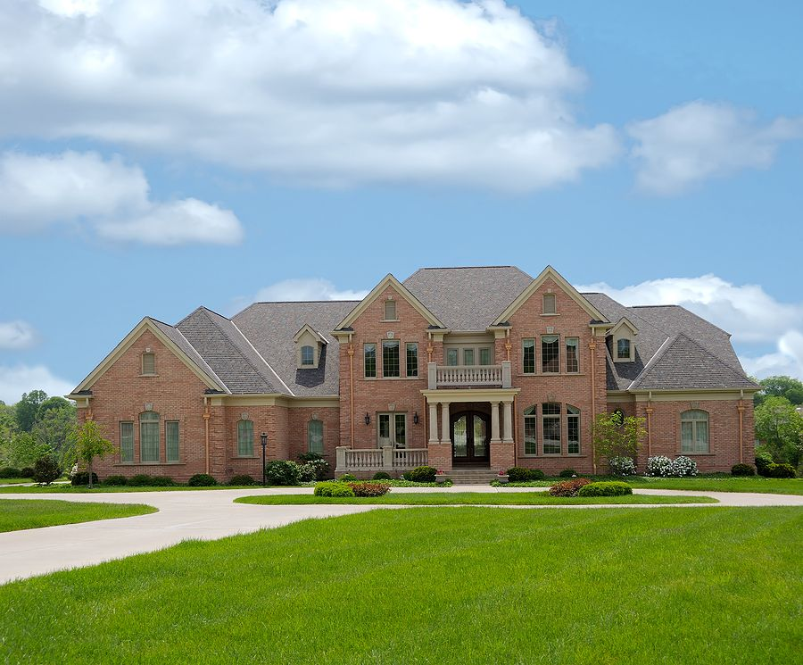 Big mansions how long will it take to sell my luxury for Big and nice houses