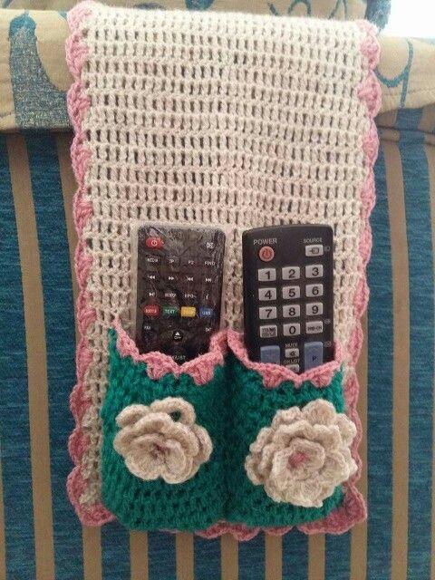 DIY Crochet remote control holder by Mayada Alabsi _ #house #crochet #DIY #idea