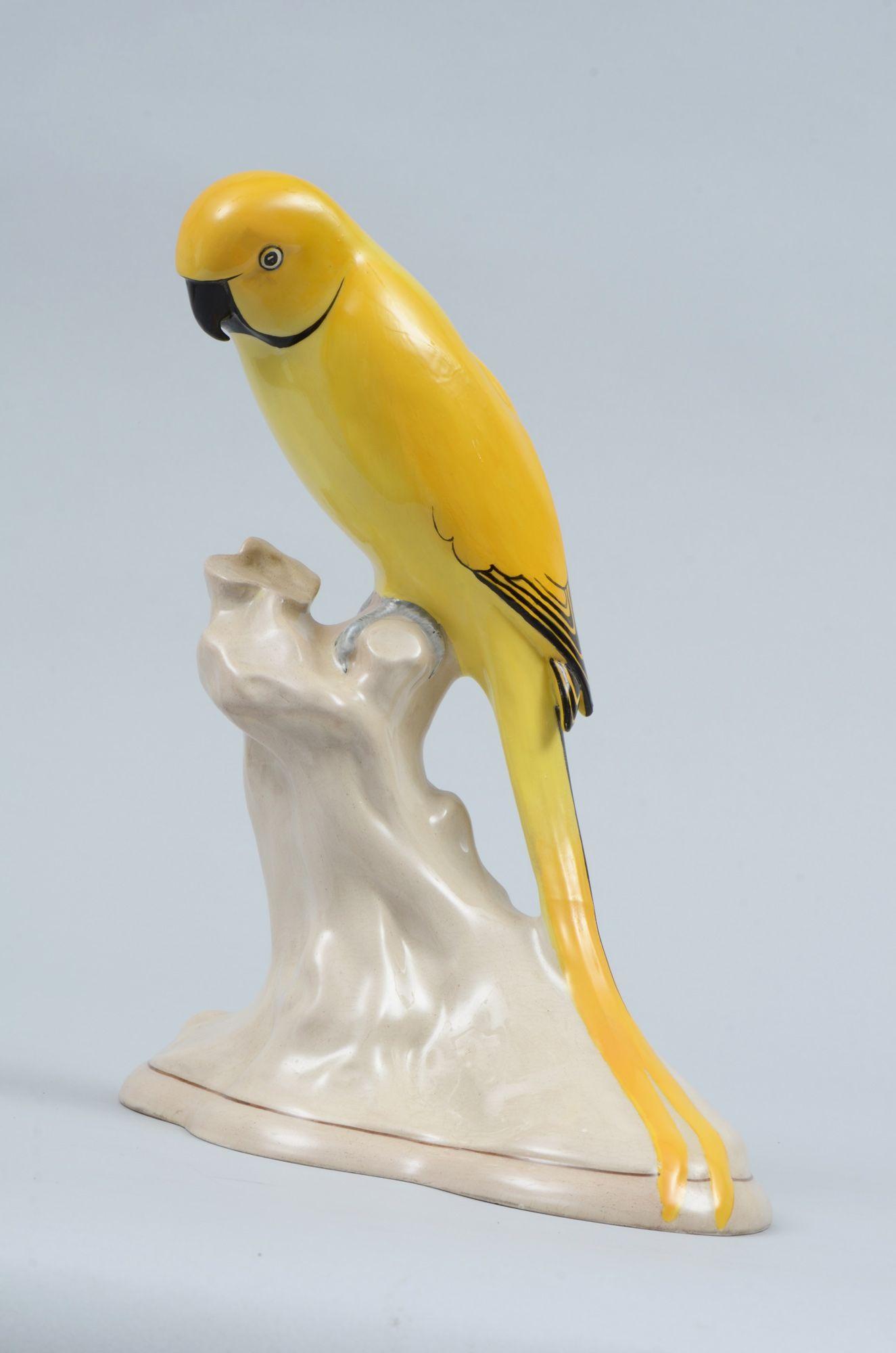 Keeling Yellow Parrot Parrot Parrot Perch Porcelain Figurines