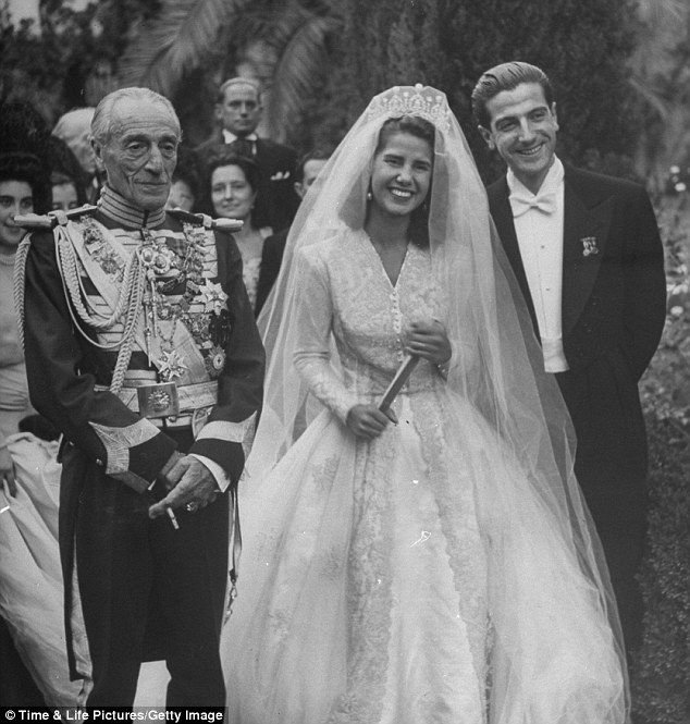 I M Going To Bury You All Extraordinary Life Of The Irrepressible Duchess Of Alba 86 Her Three Husbands And Why She Turned Down The Chance To Be Picasso Vintage Bride Chic