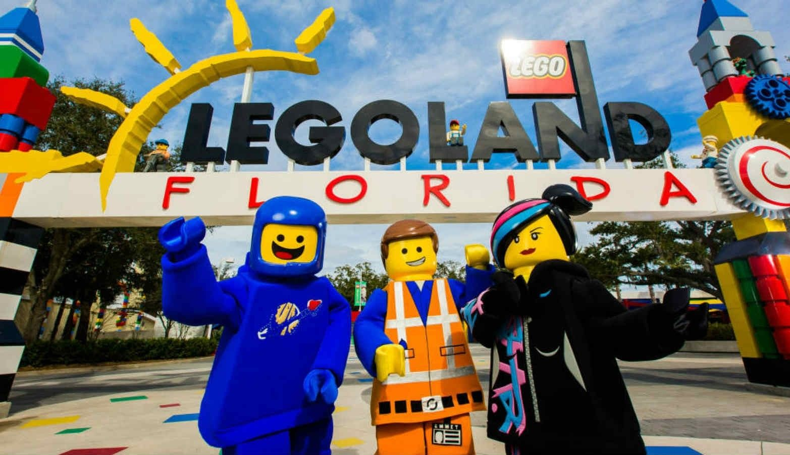 Kids Go Free Kids At Legoland Florida With The Purchase Of An
