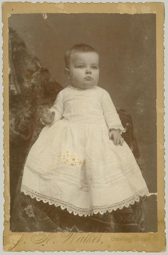 Cabinet Card Portrait Of A Baby Cabinet Cards Portraits Vintage Children Vintage Photos