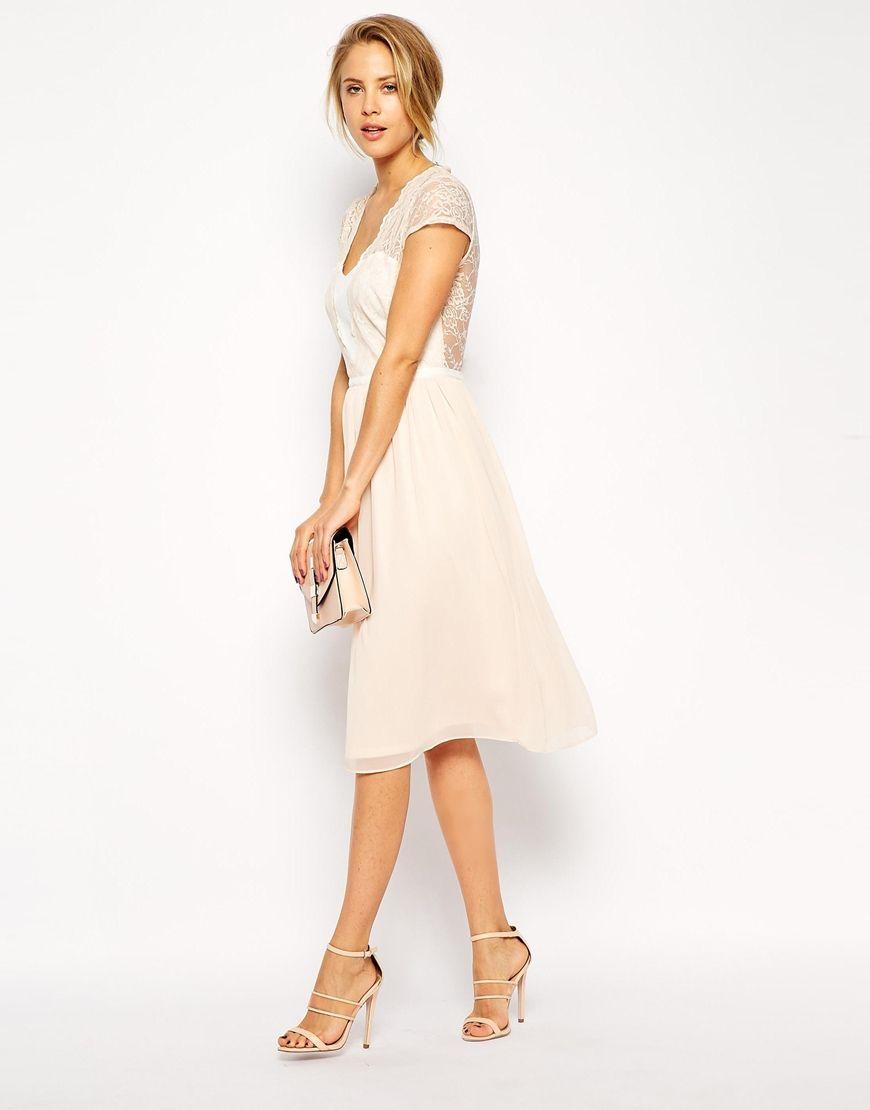 Pin von Louisa H auf Fashion | Pinterest | Standesamt, Brautkleid ...