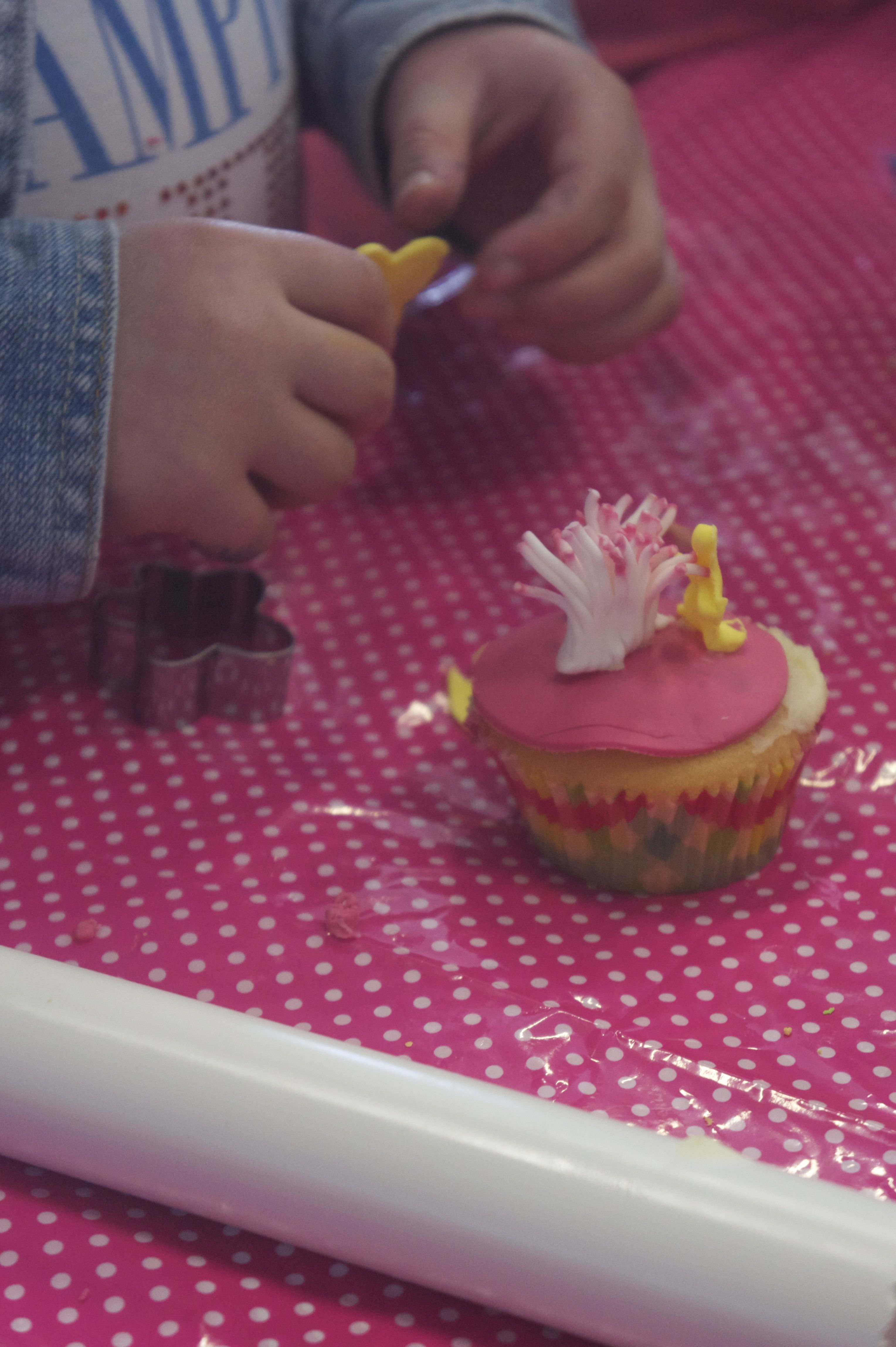 Cupcakes Versieren Kinderfeestje Pinterest Cupcakes Versieren