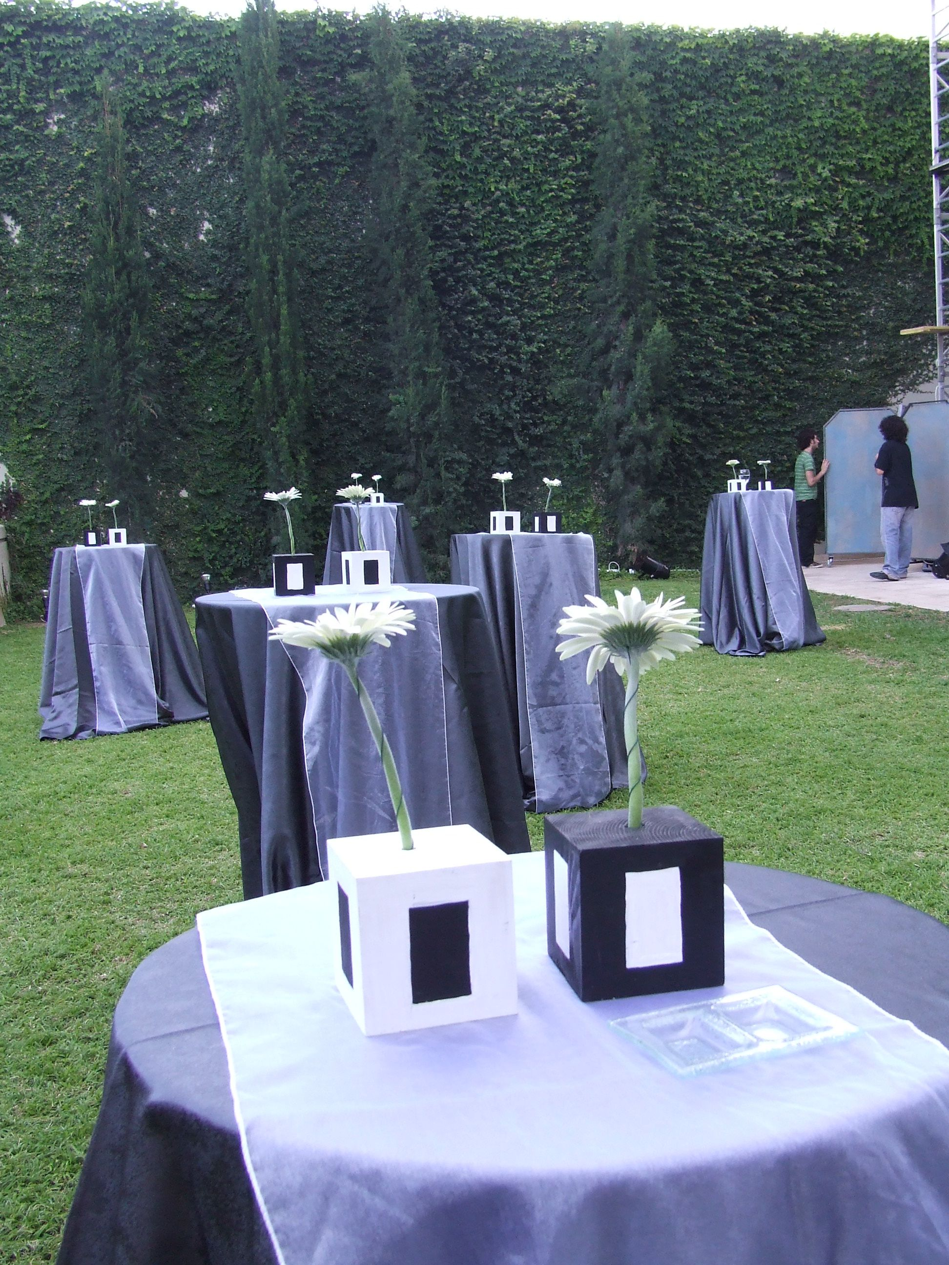 Black And White Wedding Decor Wedding Reception Decorations