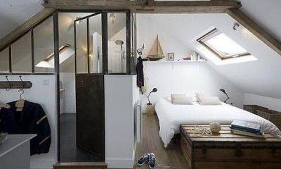 好奇心を刺激する 夢のあるロフト 屋根裏部屋 のある家 ベッド