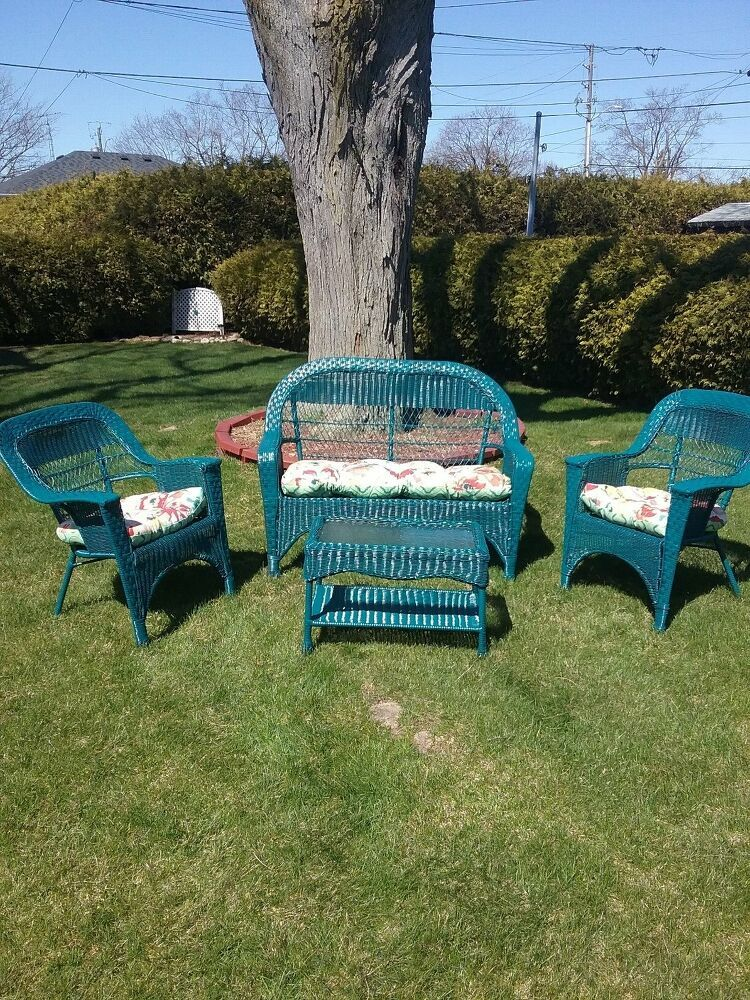 2fbdb630ea1c If you don't have the budget to fork out on brand-new patio furniture for  your outdoor space, these DIY patio furniture ideas can add fun &  originality to ...