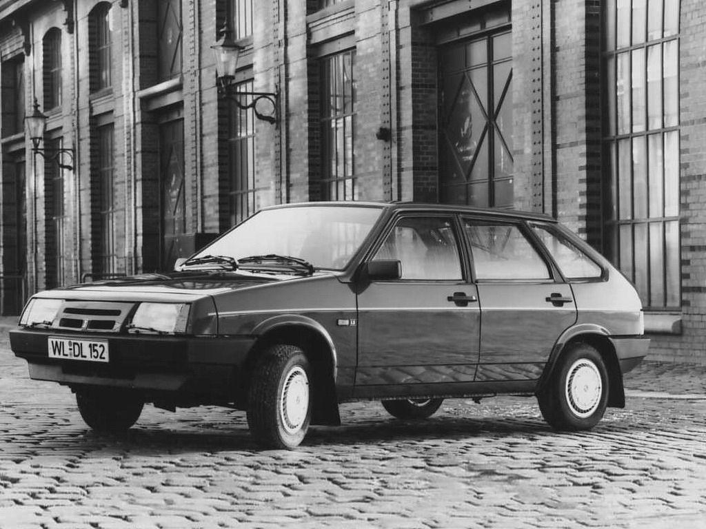 """Lada Samara """"Optima"""" by Deutsche Lada '1993"""