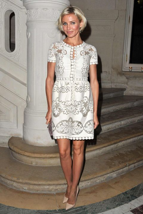 The Look For Less Cameron Diaz S 2 980 White Lace Valentino Dress See More At