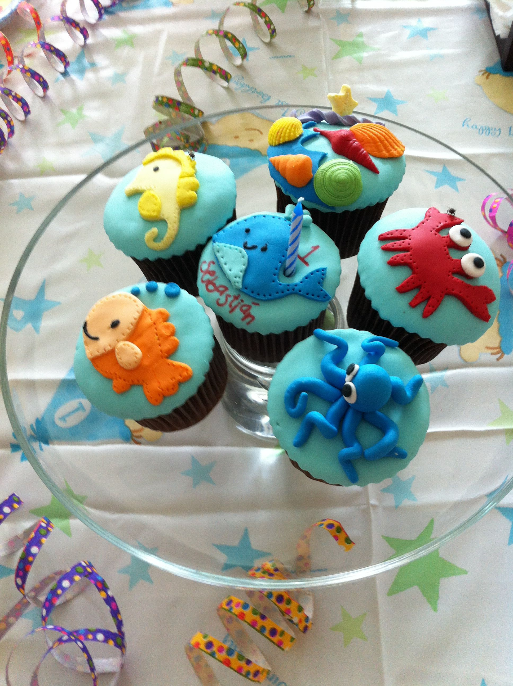 Loved my son's 1st bday cup cakes