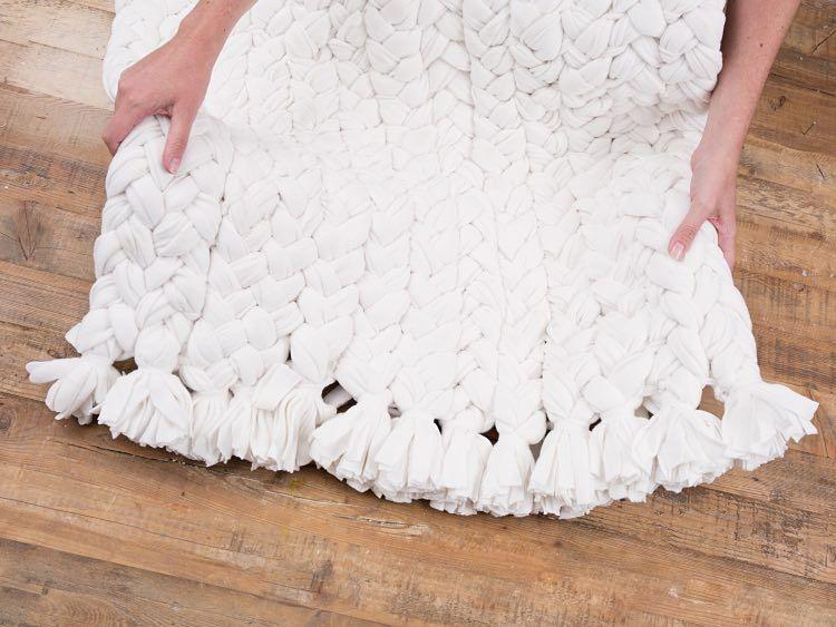 Diy Anleitung Upcycling Teppich Aus Fleece Decken Weben Via
