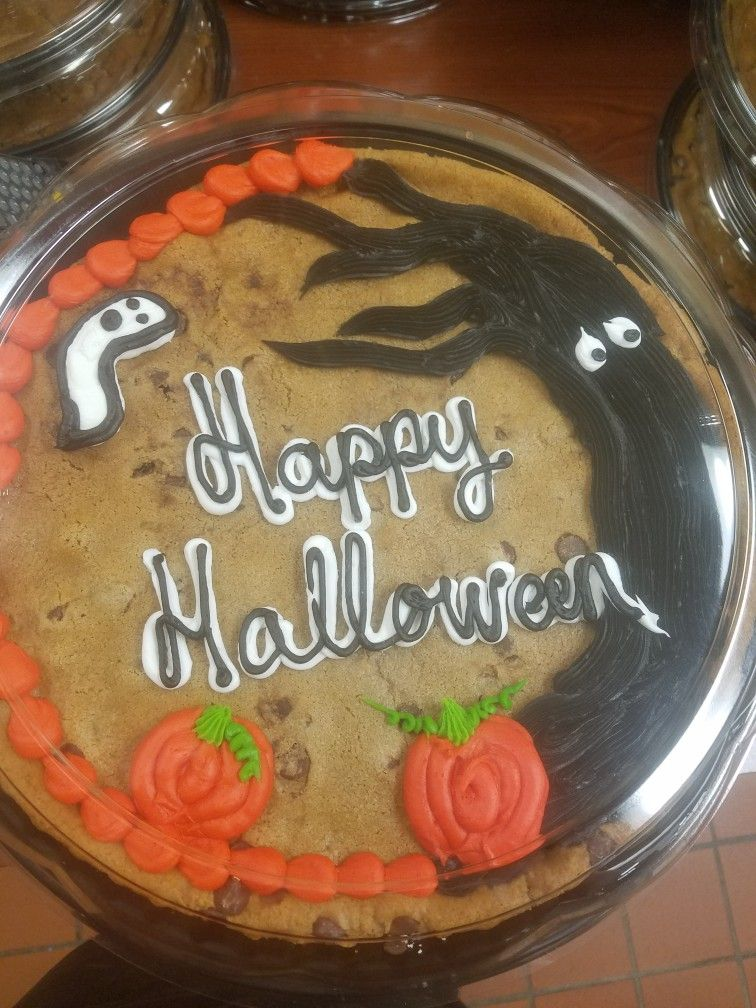 Halloween Cookie Cake With Images Cake Decorating Cake