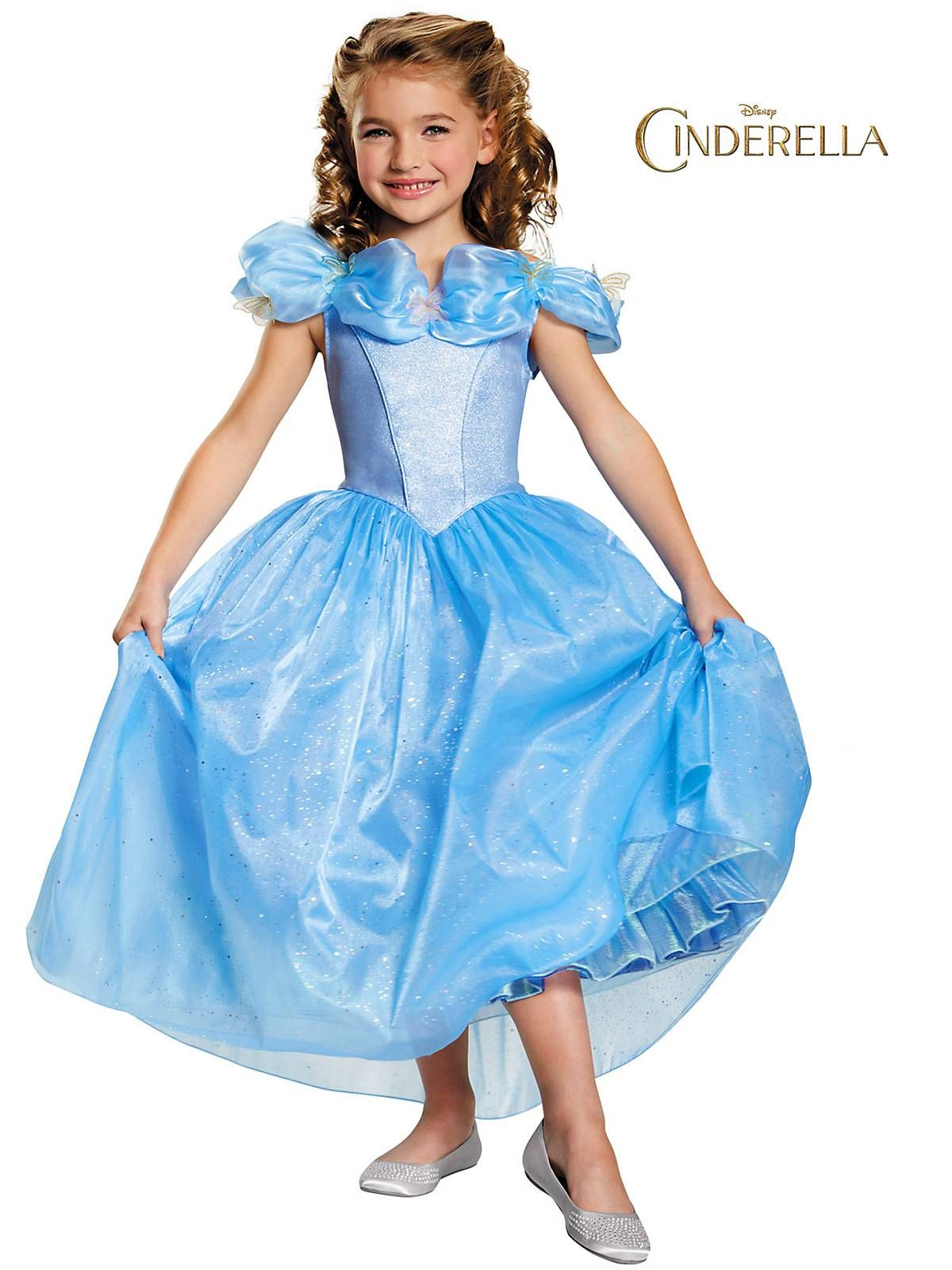 Be enchanting this Halloween and get the perfect look with this Girl's Cinderella Movie Prestige Costume