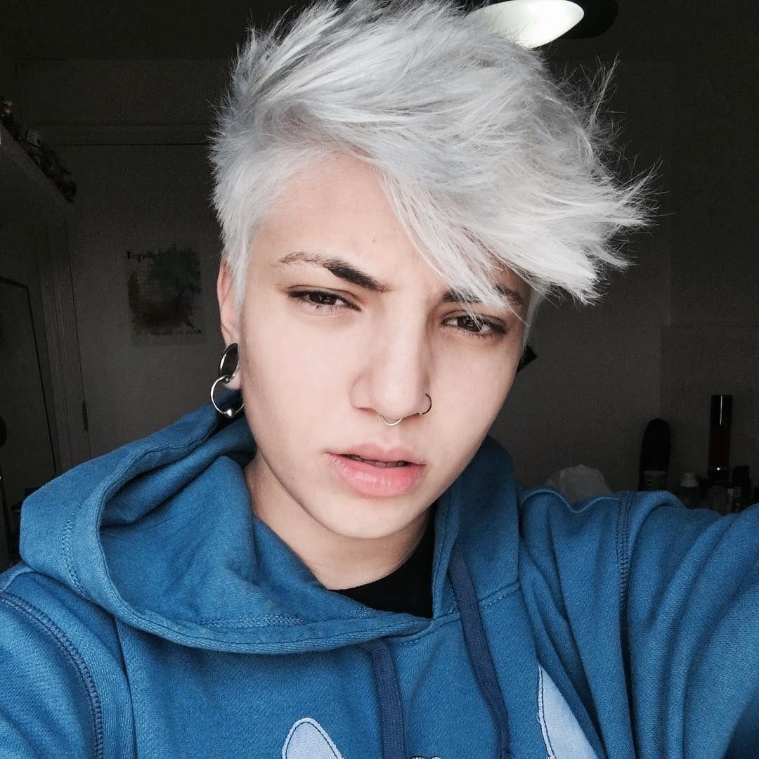 Jack Frost Ou Pietra De Pinho Cabelinho Feito Pelo Lindo Do Marciosimbas Round Face Haircuts Ftm Haircut Haircuts Straight Hair