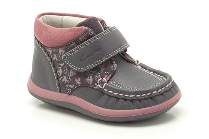 clarks baby girl walking shoes