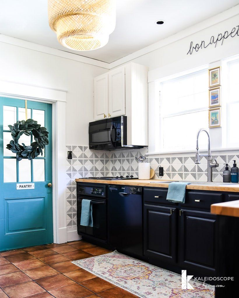 Budget Friendly Kitchen Makeover Under 1 000 Reveal Kaleidoscope Living Budget Friendly Kitchen Remodel Kitchen Remodel Small Kitchen Remodel