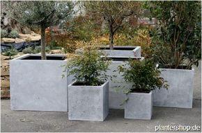 Pflanzkubel Blumenkubel Pflanzgefasse In Beton Oder Sandsteinoptik Pflanzkubel Pflanzen Pflanzenkubel