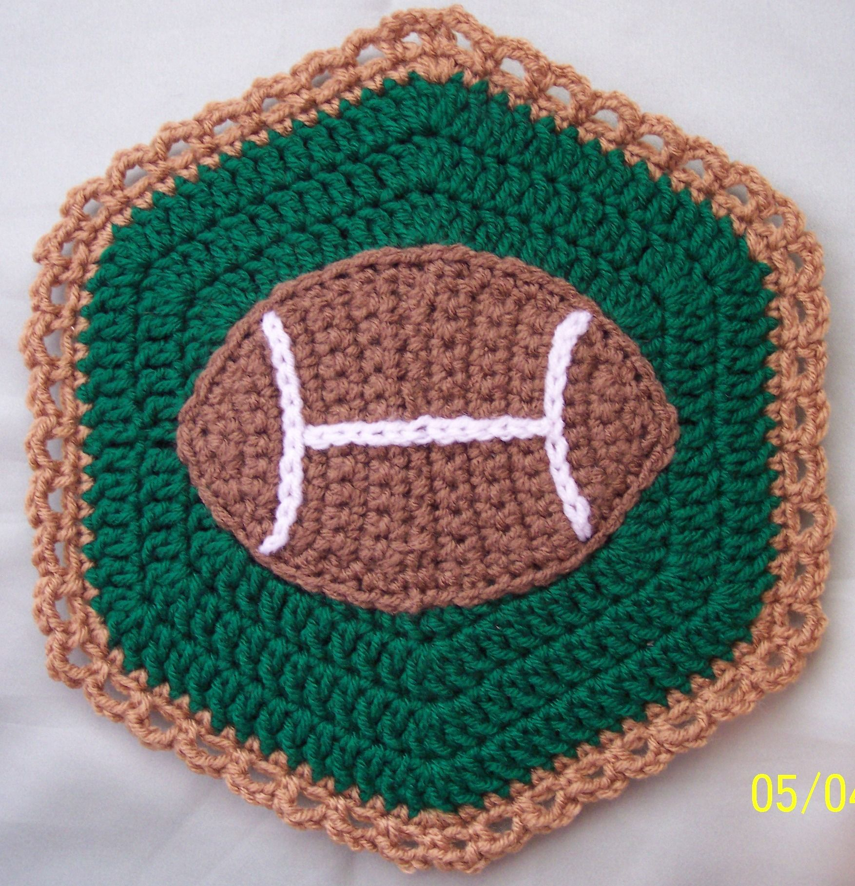 Crochet Foot Ball Potholder, by Linda Weddle