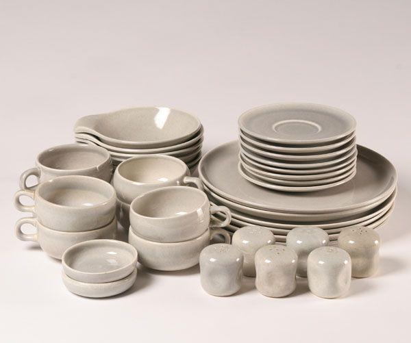 Russel Wright American Modern (Granite Grey); 8 Dinner Plates 8 Cups & Russel Wright American Modern (Granite Grey); 8 Dinner Plates 8 ...
