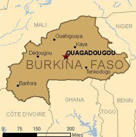 10 Ideeën Over Burkina Faso Afrika Afrika Reizen Geschilderde Huizen