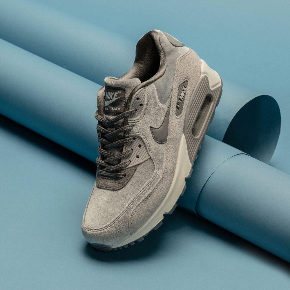 Nike air max 90, Gunsmoke velvet pack. Footasylum Women's