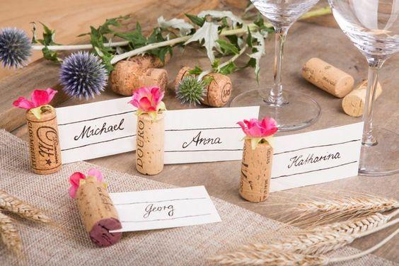 Weinkorken Tisch Dekoration Platzkärtchen Hochzeit #dekorationhochzeit