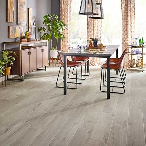 Graceland Oak Natural Authentic Laminate Floor Grey Color Oak Wood Finish 10mm 1 Strip Plank L With Images Wood Laminate Flooring Pergo Laminate Flooring House Flooring