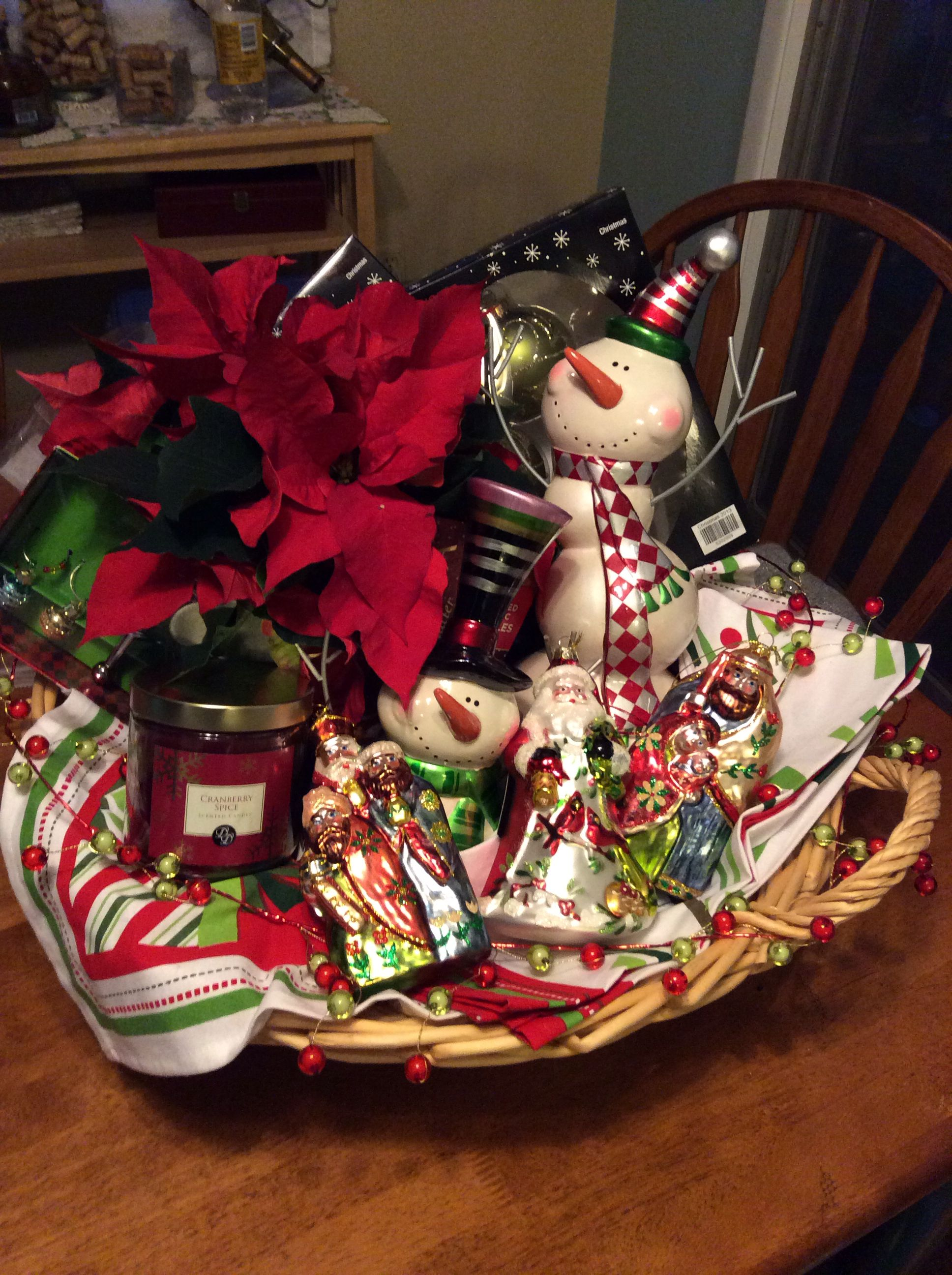 Christmas decoration gift basket for a recently married