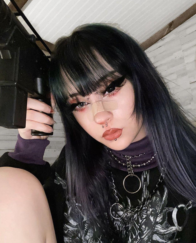 Pin On Goth Girls