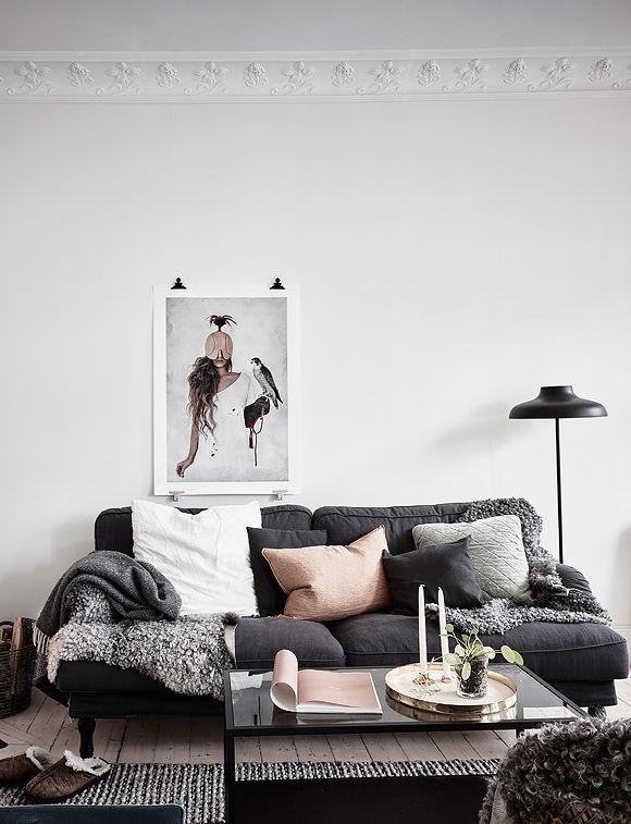 Wohnzimmer Schwarze Couch