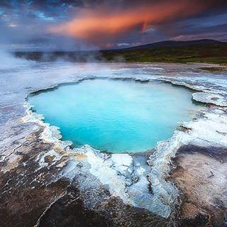 Hveravellir, Iceland. Heat it up.  Email me at lejoidream@gmail.com for VIP travel.  #ysbh #dreamtrips #worldventures  #travel #freedom #moneymaker #memories #love #inspiration #adventure #iceland