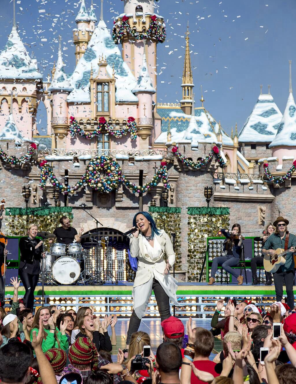 demi at disneyland for the christmas day parade