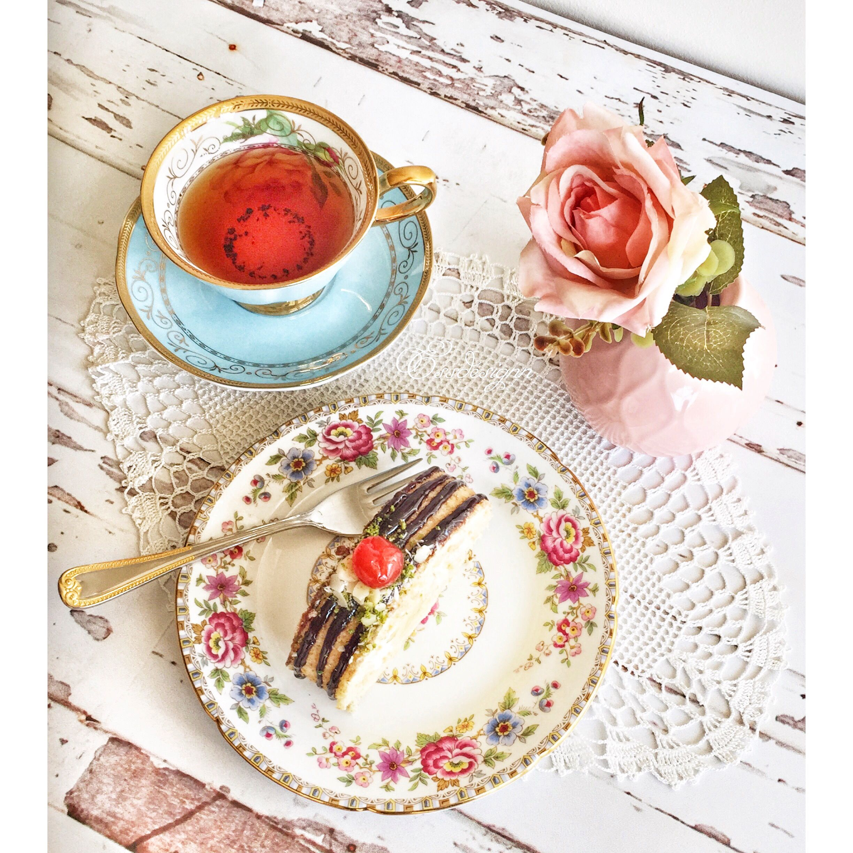 Idea by Esra Barutçuoğlu ( nakisshome on Coffee Tea cups