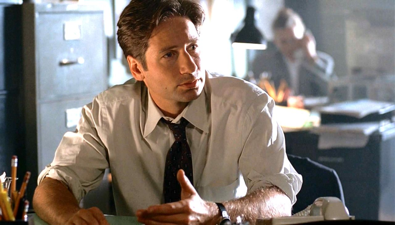 Mulder....with rolled up sleeves ❤️