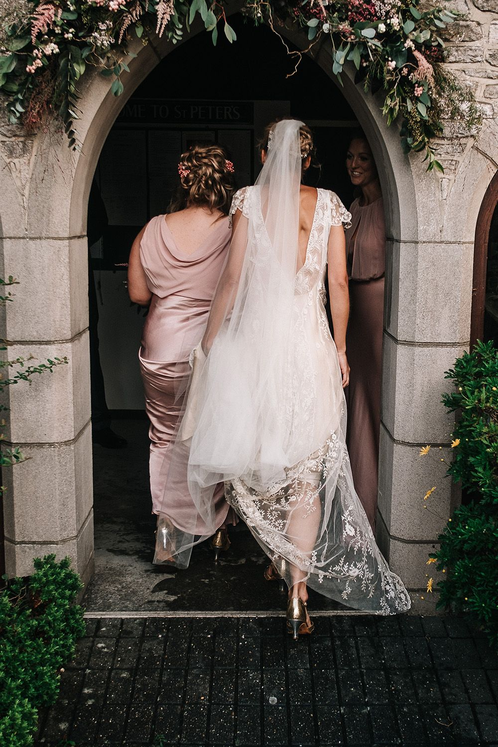 Jane Bourvis Bride For A Coastal Wedding On The Isle Of Wight With Images By Jason Mark Harris