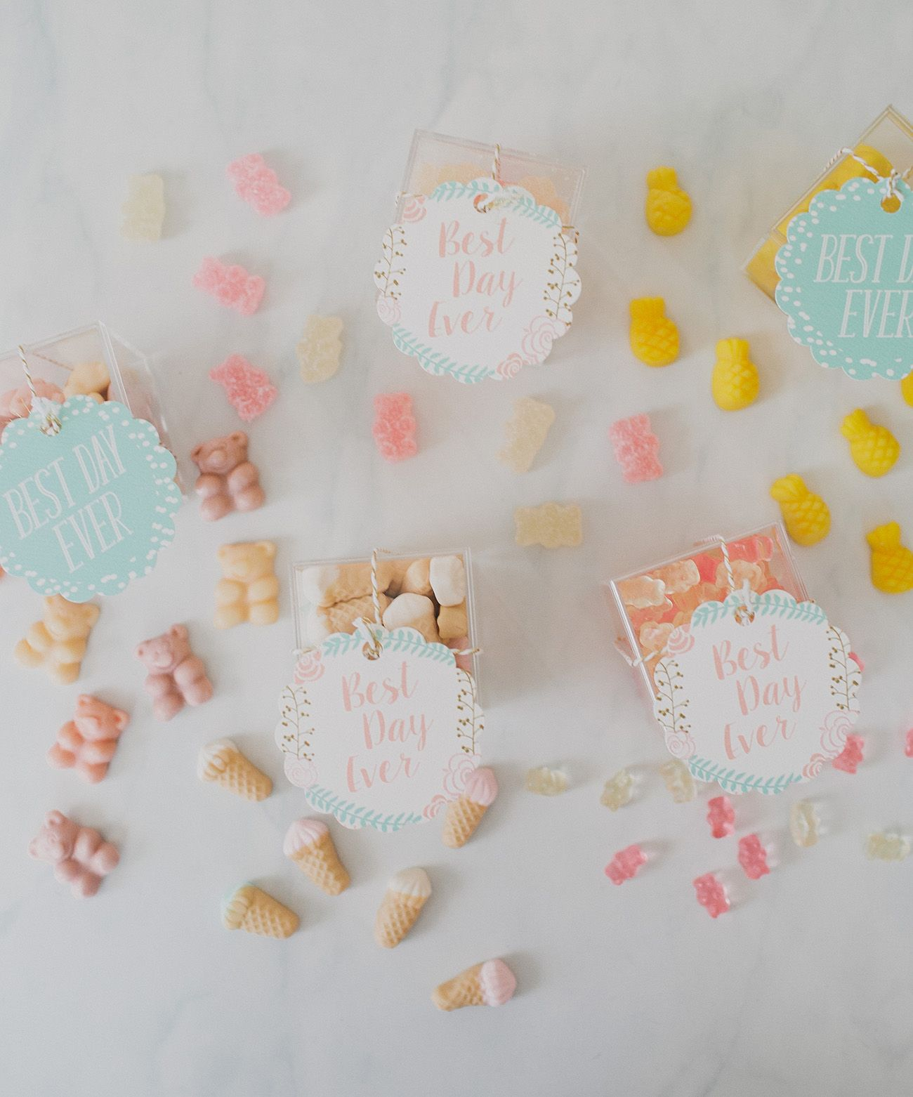 DIY Wedding Favor Candy Boxes   Candy favors, Favors and Candy boxes