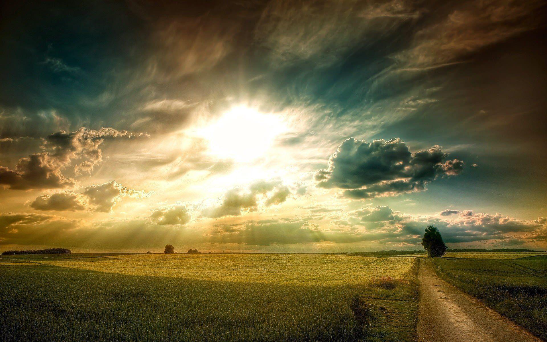 Apakah Malaikat Israfil Bertugas Meniup Sangkakala pada ...