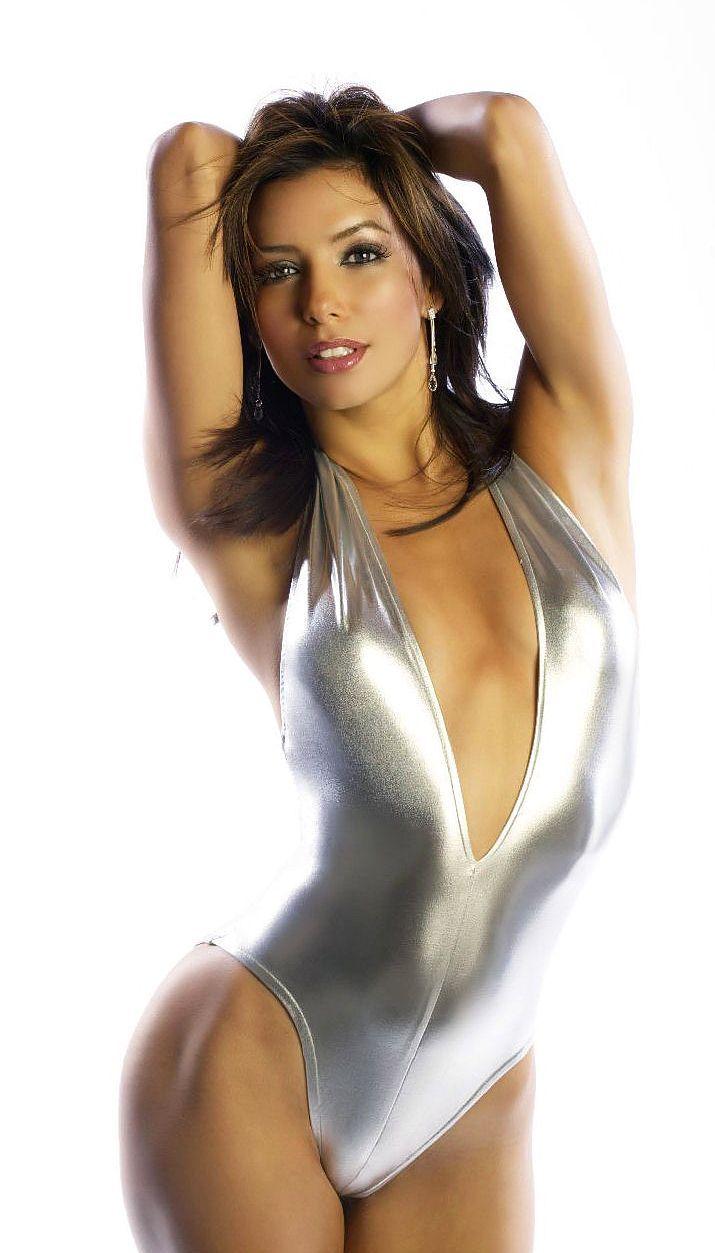 エヴァ・ロンゴリアのセクシーな写真