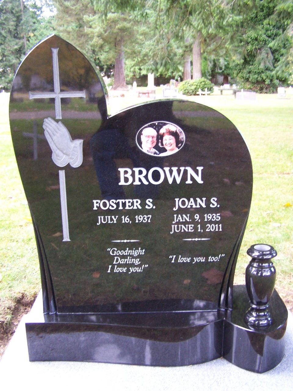 Upright custom headstone with granite vase by pacific coast upright custom headstone with granite vase by pacific coast memorials reviewsmspy