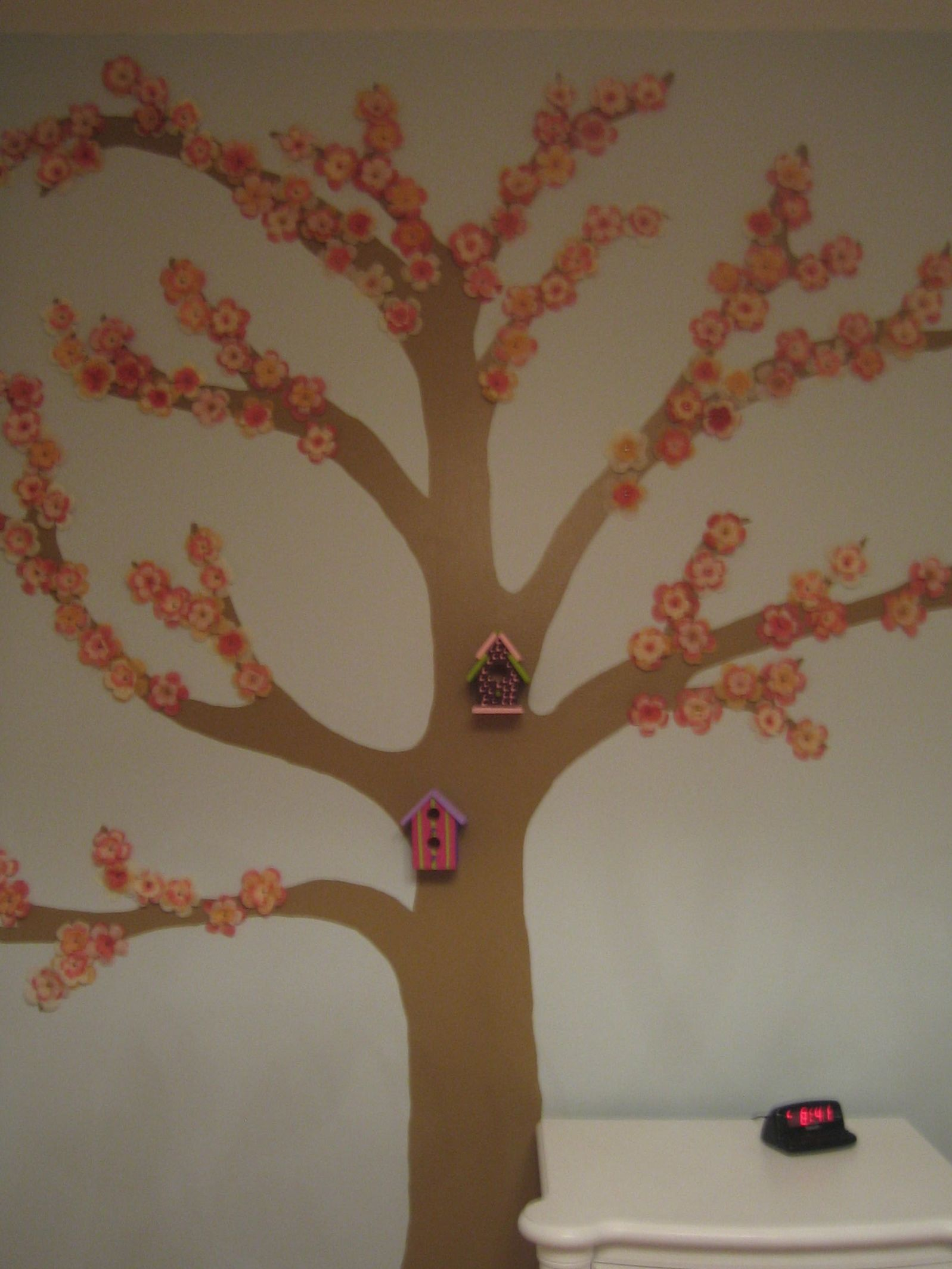 Created A Cherry Blossom Wall Mural By Using An Old School Overhead  Projector And Transparencies To Part 73